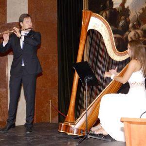 Bábel Klára hárfaművész, koncert
